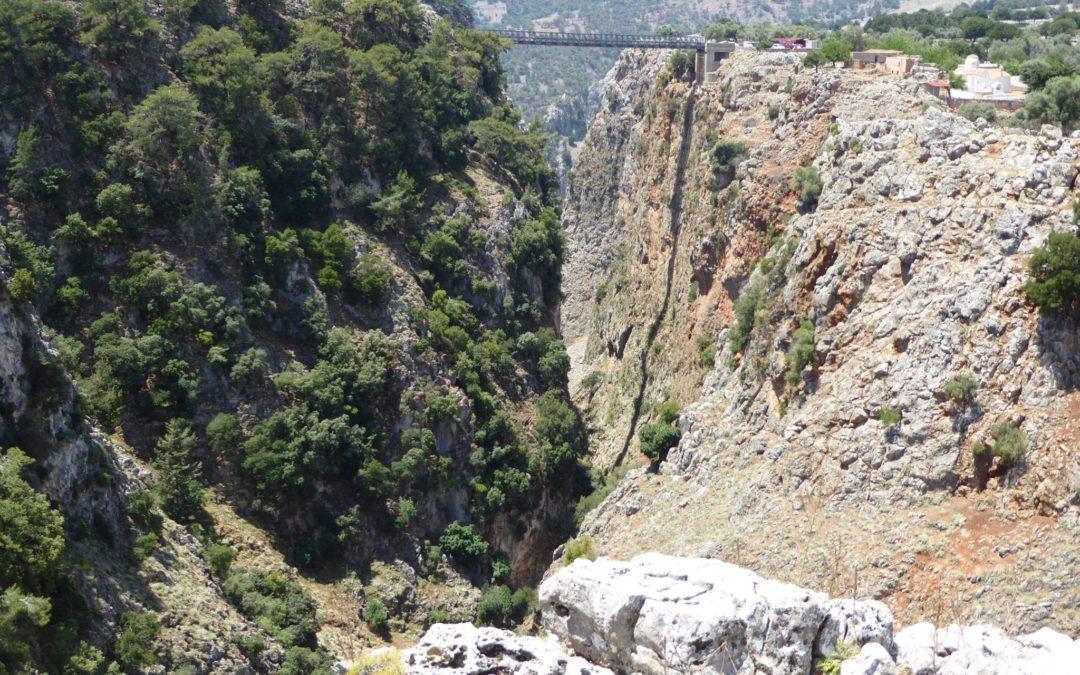 Cheap Flights to Crete:  Ten tips to the best deals
