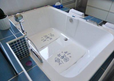 Bath-and-a-half