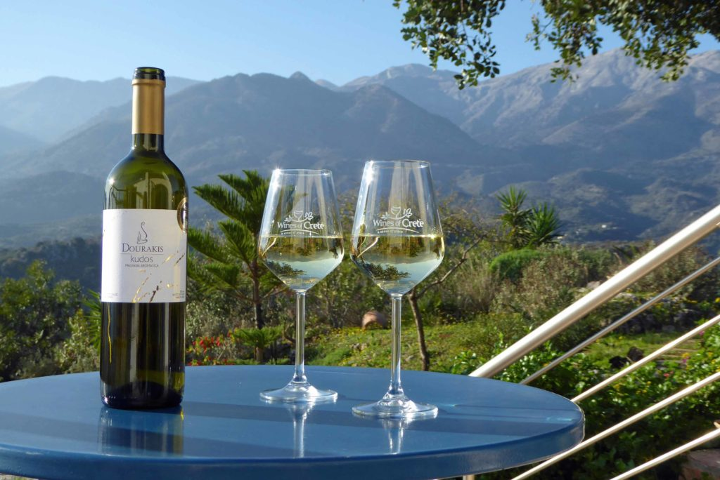 Having a holiday in Crete: Cretan wines with a view of the White Mountains
